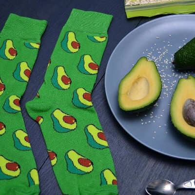 Носки с авокадо