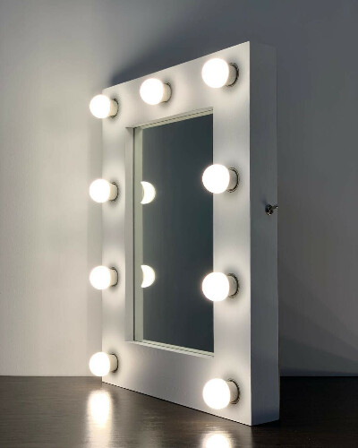 Гримерное зеркало с лампами 60х45см