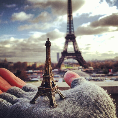 Побывать в Париже