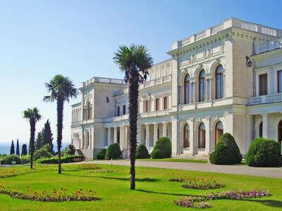 Экскурсия по дворцам Крыма