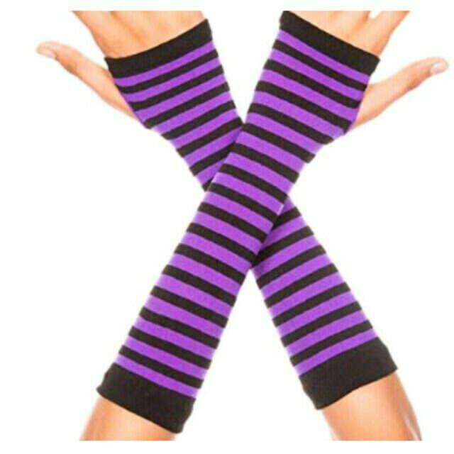 Перчатки без пальцев фиолетовые