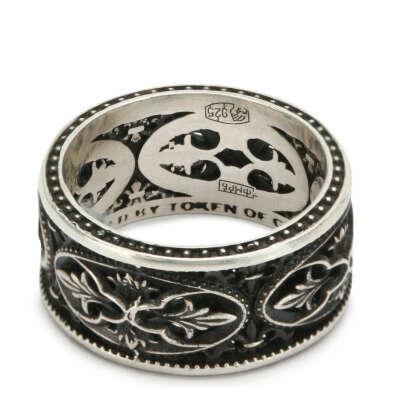 https://www.tsum.ru/product/he00441104-serebryanoe-koltco-akantus-gl-jewelry-serebryanyi-id10821276/