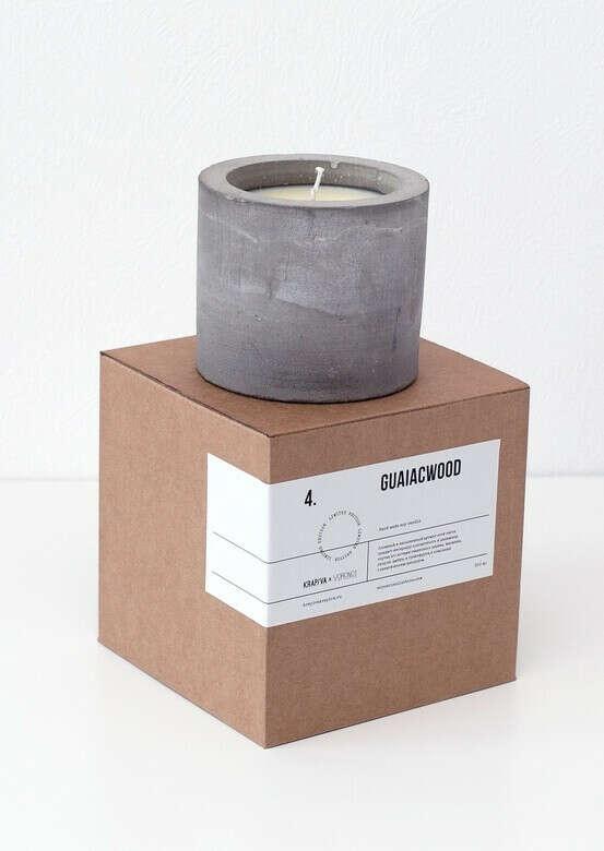 Соевая свеча Guaiacwood