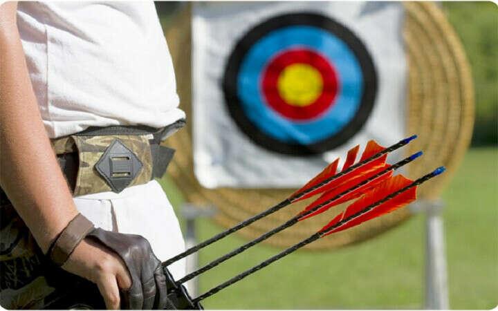 Научиться стрелять из лука.