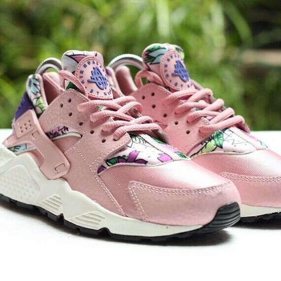 nike air huarache aloha pink