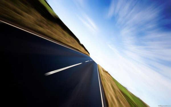Прокатиться на машине со скоростью 200 км/час