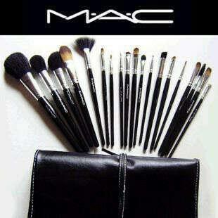 Кисточки для макияжа от M.A.C.