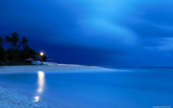 купаться ночью