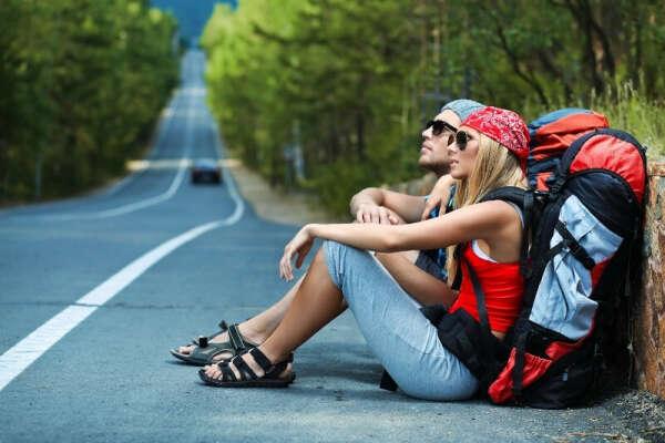 Путешествовать автостопом