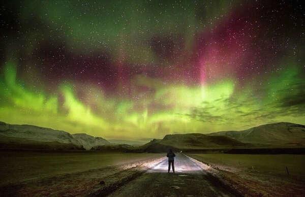 Поехать в Исландию