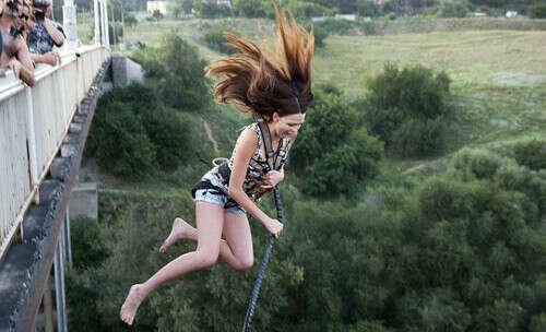 Прыжок с моста :)