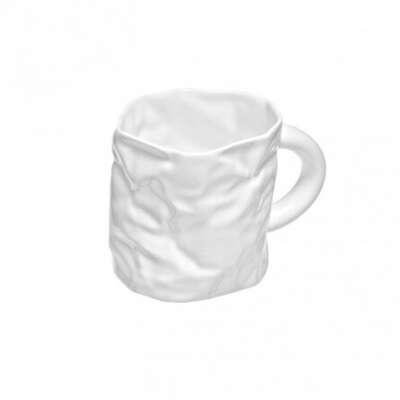 Мятая чашка