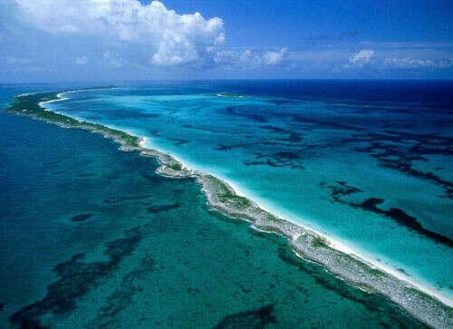 Побувати на Карибському морі, скупатися, насолодитися природою.