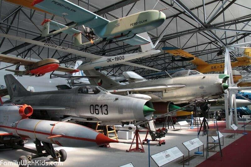 Посетить авиационный музей в Кбелах (Чехия)
