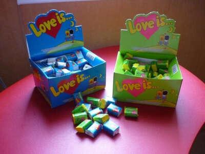 Коробка Love Is