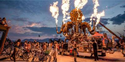 Посетить фестиваль Burning Man