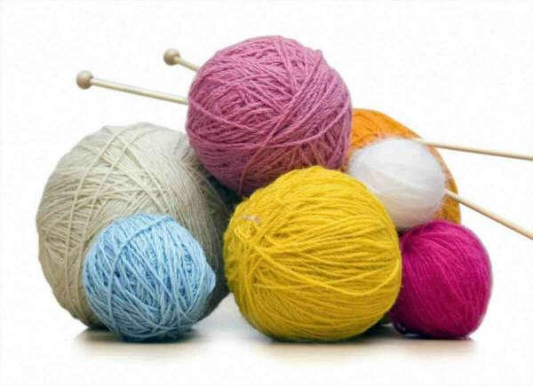Спицы и нитки/пряжа для вязания