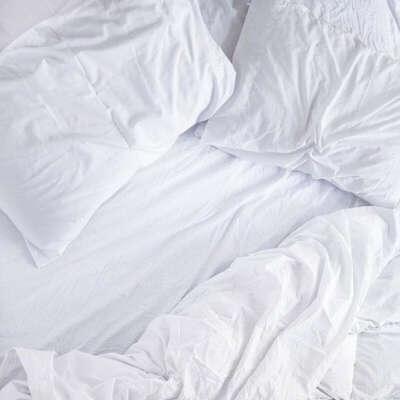 Кипельно белое постельное белье