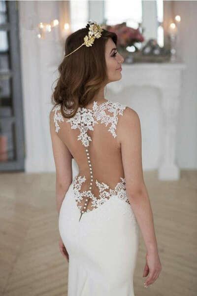 Stunning Mermaid Sleeveless Lace Chapel Train Wedding Dress With Appliques PFW0189