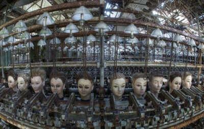 Кукольная фабрика, Испания.