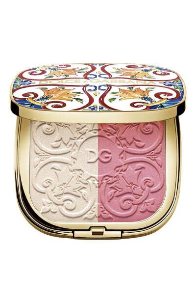 Румяна нежно-розовые