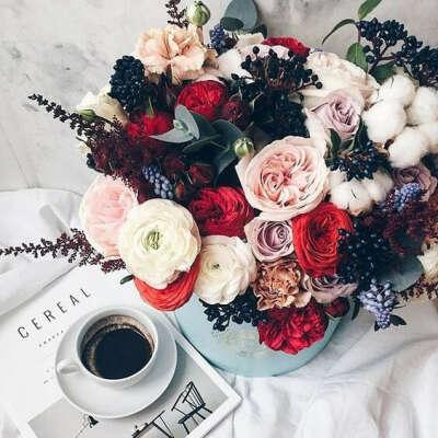 Получать цветы без повода