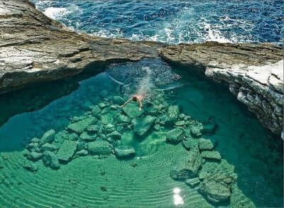 Поплавать в лагуне