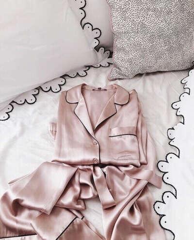 Пижама костюмом