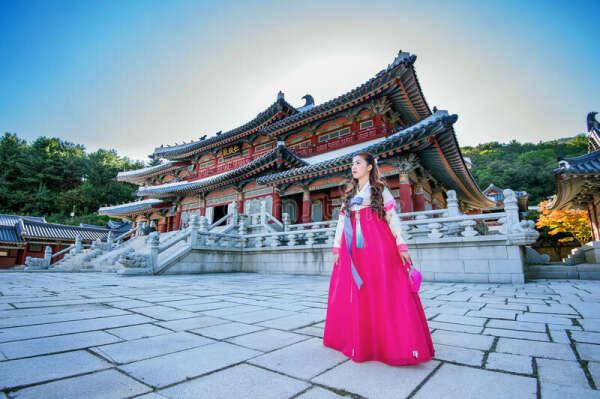 Фотосессия в ханбоке у дворца Кёнбоккун (Ю. Корея)