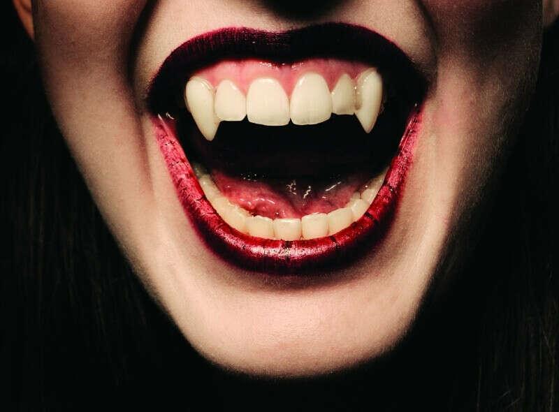 Вампирские клыки