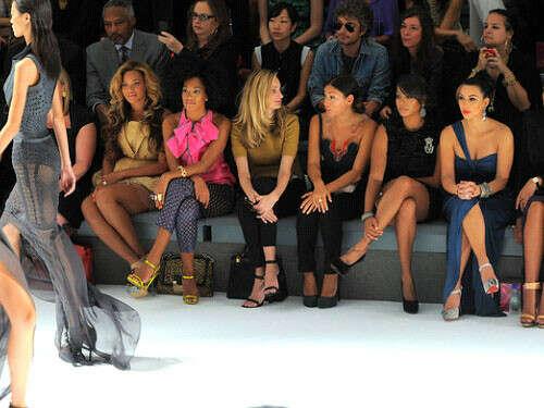 Посетить Fashion Week