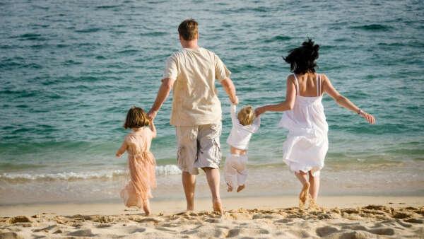 На море всей семьей
