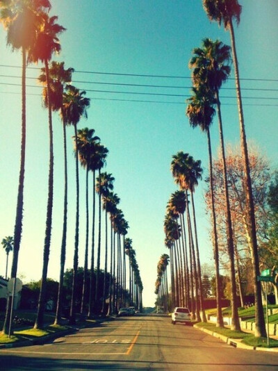 Переехать в Лос-Анджелес