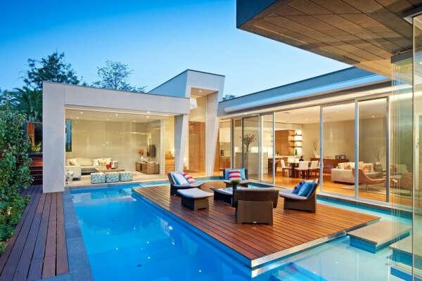Свой дом с бассейном