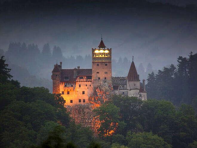 Посетить замок Дракулы в Трансильвании