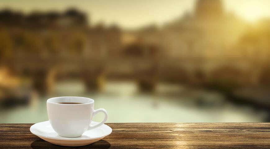 чашка кофе в Риме