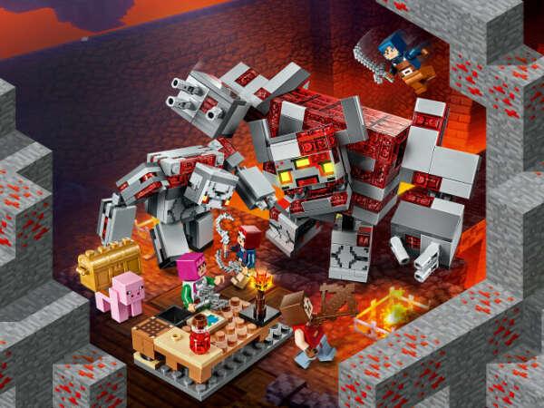 Конструктор Minecraft (Майнкрафт) 21163 Битва за красную пыль LEGO® (ЛЕГО) - купить в Сети сертифицированных магазинов LEGO, Москва