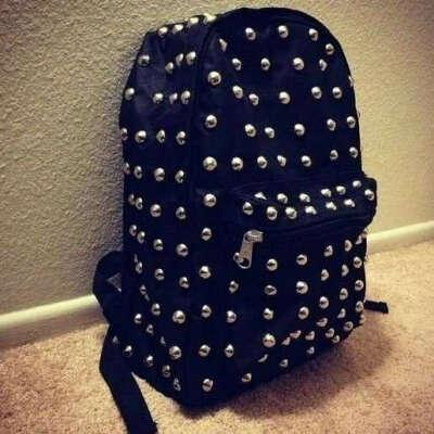 Рюкзак с шипами