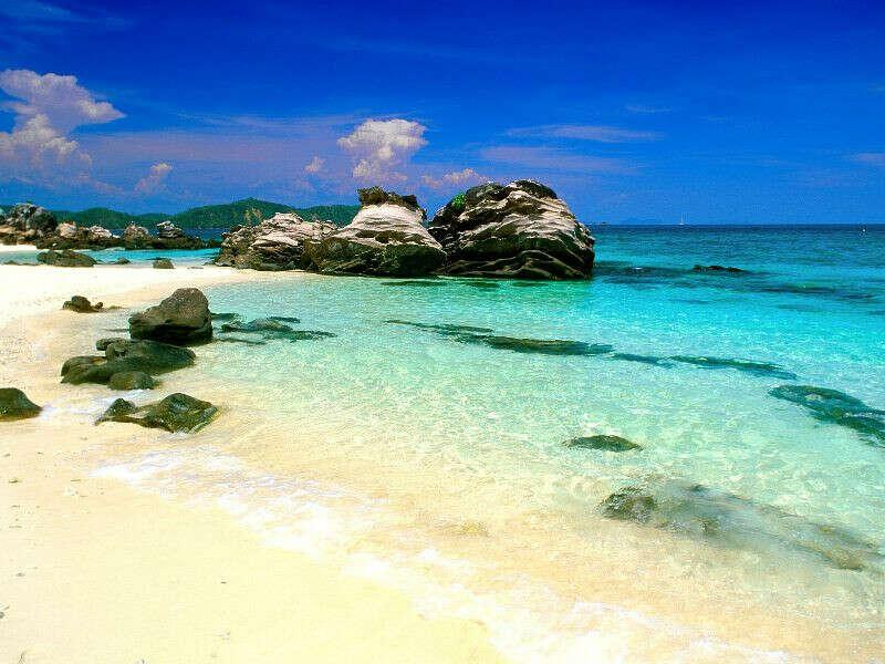 Я хочу поехать с друзьями отдыхать на море