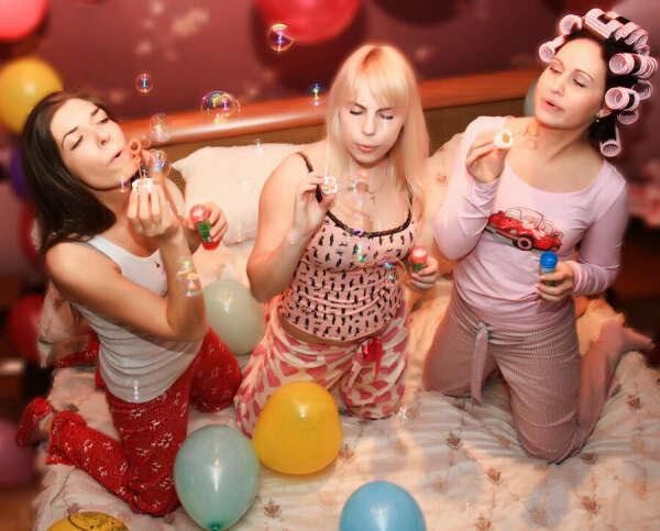 пижамную вечеринку с подругами
