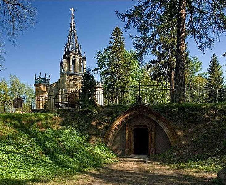 Побывать в Шуваловском парке в СПб