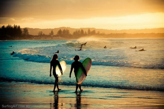 На пару недель в серф-лагерь учиться ловить волны