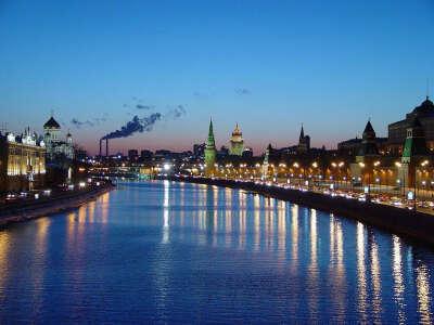 Живу в своей квартире в Москве!