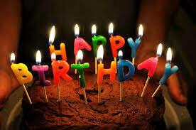 Всегда праздновать день рождения с любимыми людьми