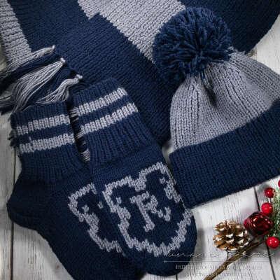 Вязаный комплект (шарф, шапка, варежки) Когтевран