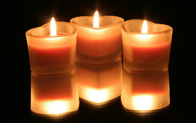 Ароматизированные свечи в комнату