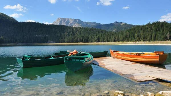 побывать в Черногории