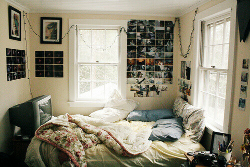 Обустроить свою комнату