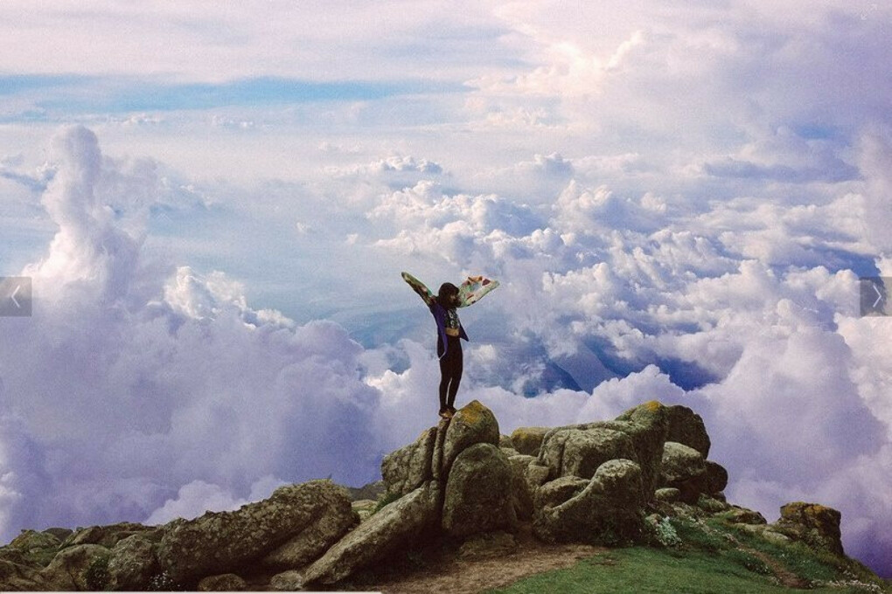 на вершину горы