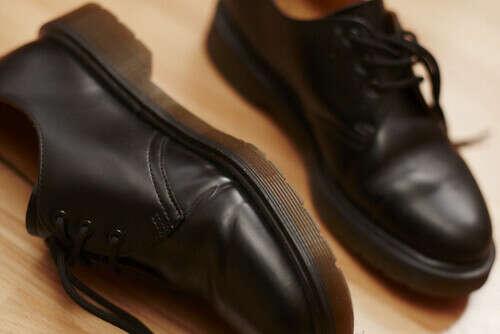 обувь dr. martens